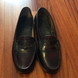 Vintage Brown penny loafers, hard sole